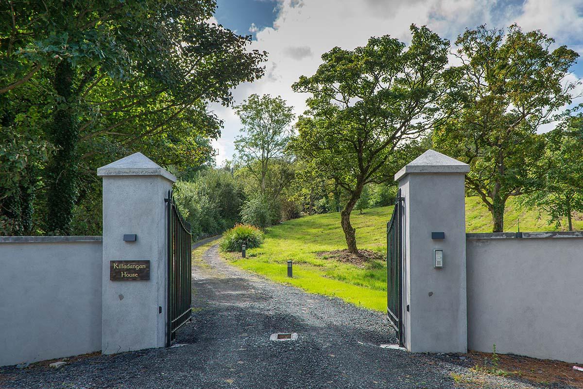 Kildanganhouse-driveway
