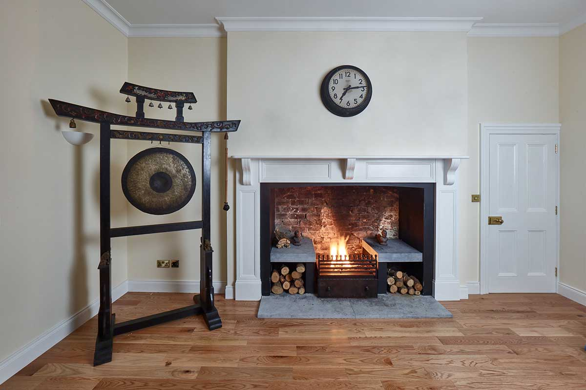 kildanganhouse-the-gong-and-fireplace